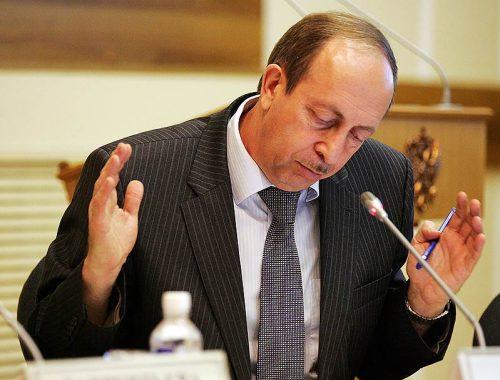 Третий с конца: губернатор ЕАО Александр Левинталь ухудшил позиции в национальном рейтинге губернаторов