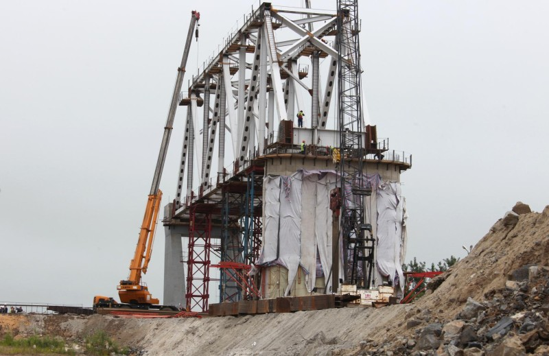Срок ввода в эксплуатацию Нижнеленинского моста сдвинули на июль 2019 года