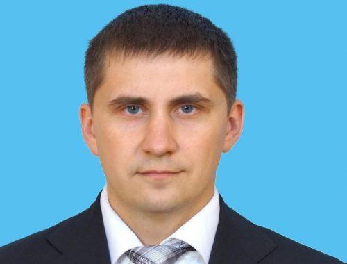 Расправа над неугодным: досрочно прекращены полномочия депутата Ленинского райсобрания М. Семенова