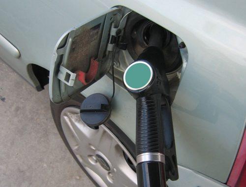 Цены на бензин в Биробиджане растут быстрее, чем по стране