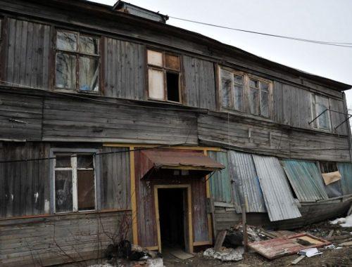 Пенсионерку из Облучья переселили из аварийного жилья после вмешательства прокуратуры