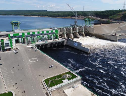 После аварии на Нижне-Бурейской ГЭС продолжат сбрасывать воду