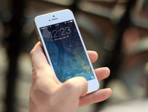 В Ленинском школьник пытался продать чужой телефон