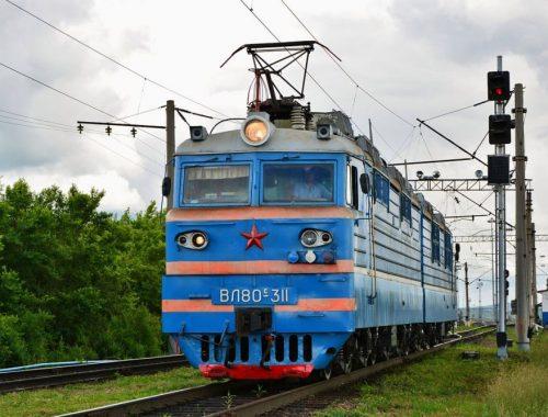 Из-за отключения электроэнергии на Транссибе вчера вечером остановились поезда