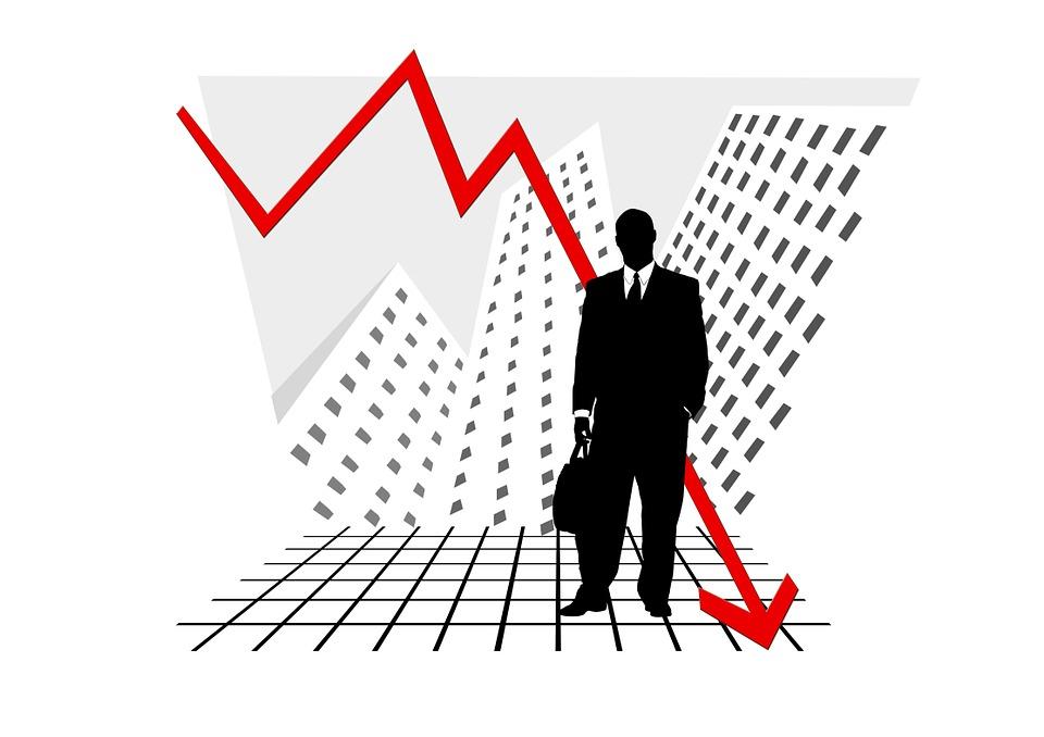Эксперты: 2019 год будет одним из тяжелейших для экономики России
