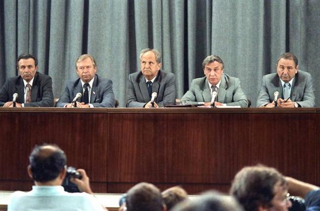 Сегодня 30 лет выступлению ГКЧП