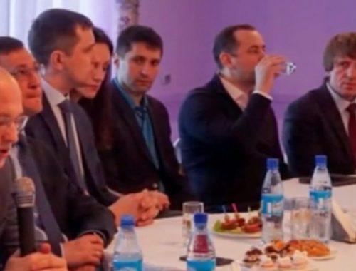 Скандал в Хабаровском крае: чиновники «съели» бюджет региона в ресторане