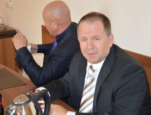 Собрался в отставку: глава Биробиджанского района Евгений Кочмар покинет свой пост 30 сентября