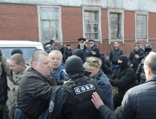 Первый обвиняемый в столкновении с собровцами у дома Ивана Проходцева предстанет перед судом