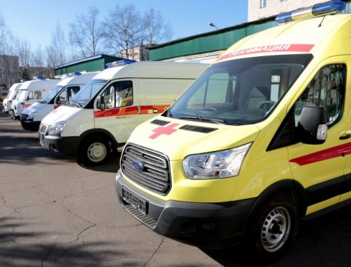 8 школьных автобусов и 10 машин скорой помощи поступят в ЕАО до конца 2017 года