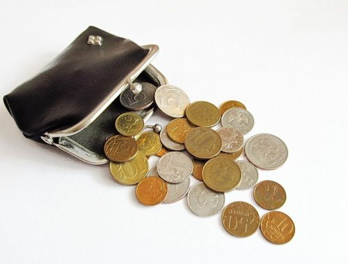 На двести рублей в день вынужден существовать среднероссийский пенсионер