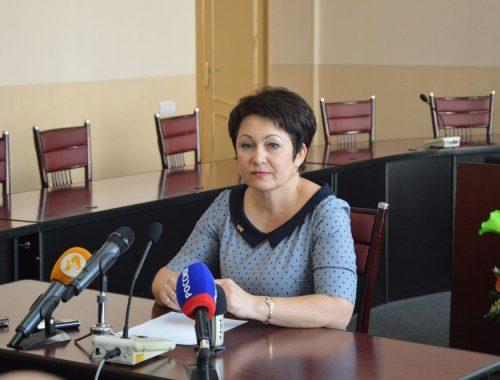 «Подрядчиков у нас недостаточно»: заммэра Биробиджана объяснила, почему не во всех школах с 1 сентября заработали столовые