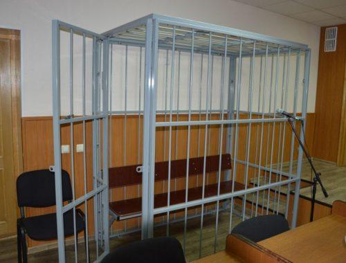 Осквернил храм Фемиды матерщиной: жителя Ленинского района оштрафовали за плохое поведение в здании суда