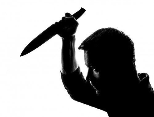 Биробиджанец из ревности зарезал сожительницу вместе с другим мужчиной