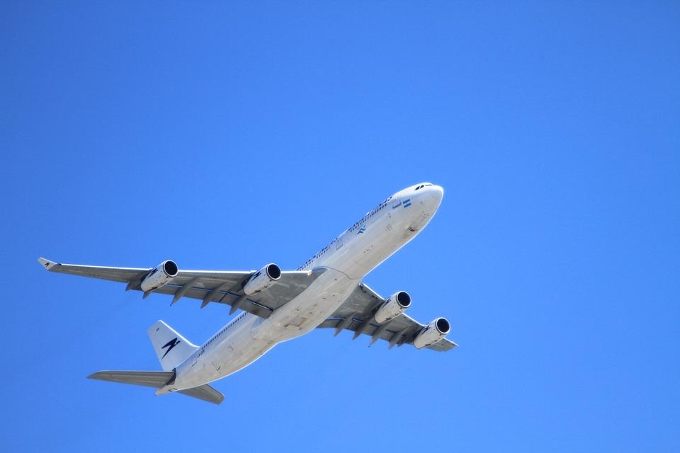Аэропорты предупредили Мишустина о риске банкротств из-за коронавируса