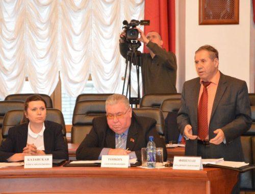 Равнодушие властей к инвалиду Дмитрию Калите возмутило депутатов Законодательного Собрания