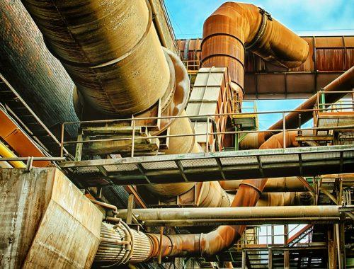 Рост промышленного производства в России неожиданно остановился