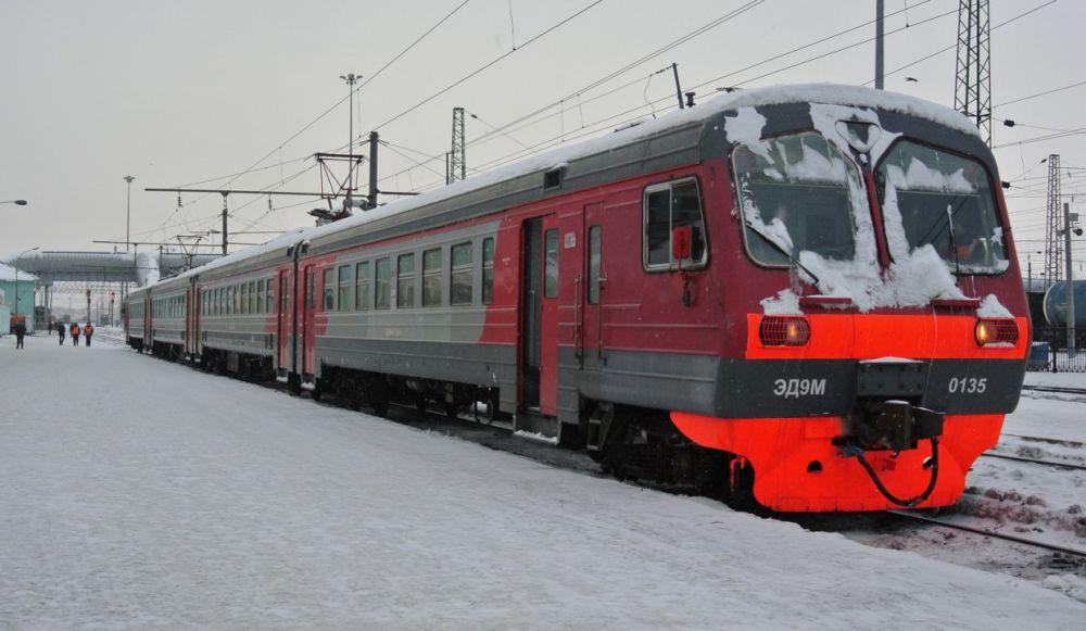 По новому расписанию будет ходить по понедельникам электричка Биробиджан — Хабаровск