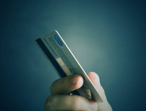 Россияне поставили новый рекорд займов по кредитным картам