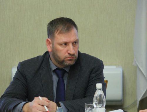 Зампред правительства ЕАО Николай Канделя предупреждён об окончании контракта 30 декабря
