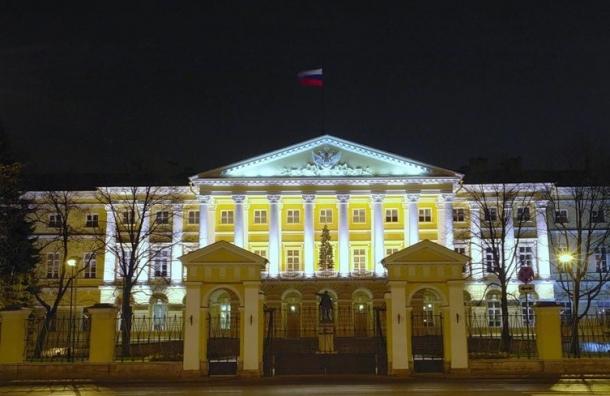 Мэрия Петербурга подключит себе эротические каналы за счет бюджета