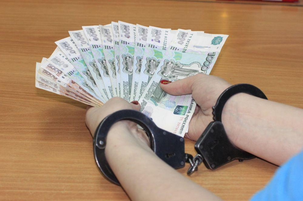 Соседка-алкоголичка выхватила 11 тыс. рублей из рук немощной старушки в с. Ленинское