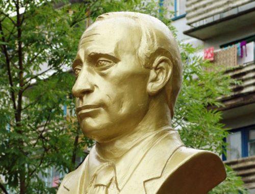 Памятник Владимиру Путину откроют в Зауралье сразу после выборов