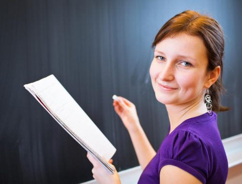 ОНФ обнаружил нехватку учителей в российских школах