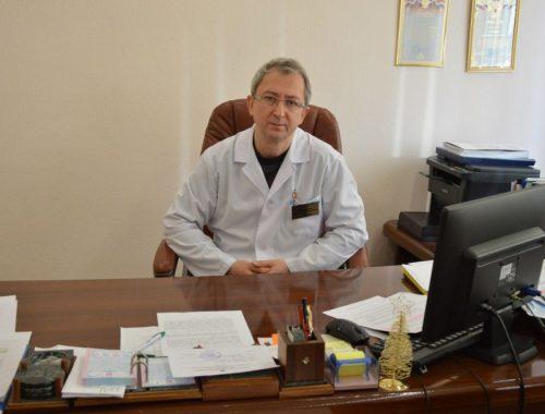 Константин Гасиленко: Областная больница возродила собственную лабораторию и делает половину анализов пациентов