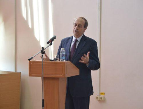 Александр Левинталь вошел в число «губернаторов-мишеней»