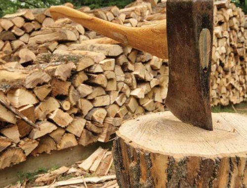 В Николаевке местным жителям продают уголь и дрова по сильно завышенным ценам