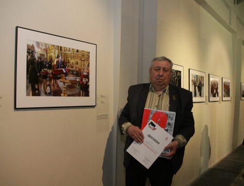 Фотохудожник из Биробиджана принимает участие в московском вернисаже