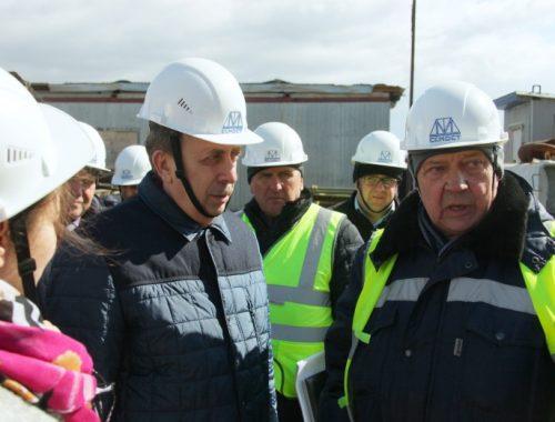 На 5 дней раньше закончить строительство 4-ой опоры Нижнеленинского моста предложил Александр Левинталь, чтобы отчитаться перед полпредом
