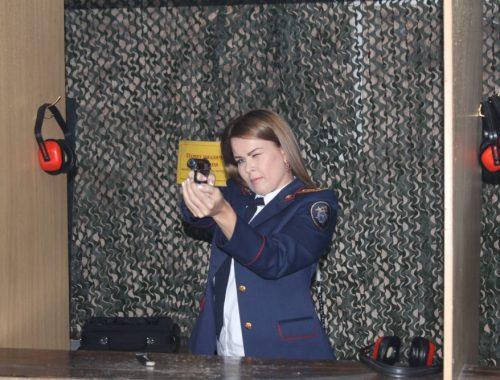 Сотрудницы следственных органов ЕАО соревновались в меткости стрельбы