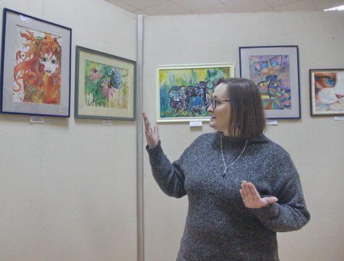 В Биробиджане открылась выставка художниц-самоучек