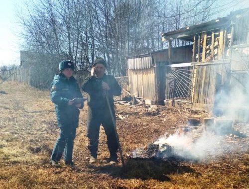 «Первый поджигатель»: ЕАО накрыло дымом, а МЧС штрафует стариков на огородах