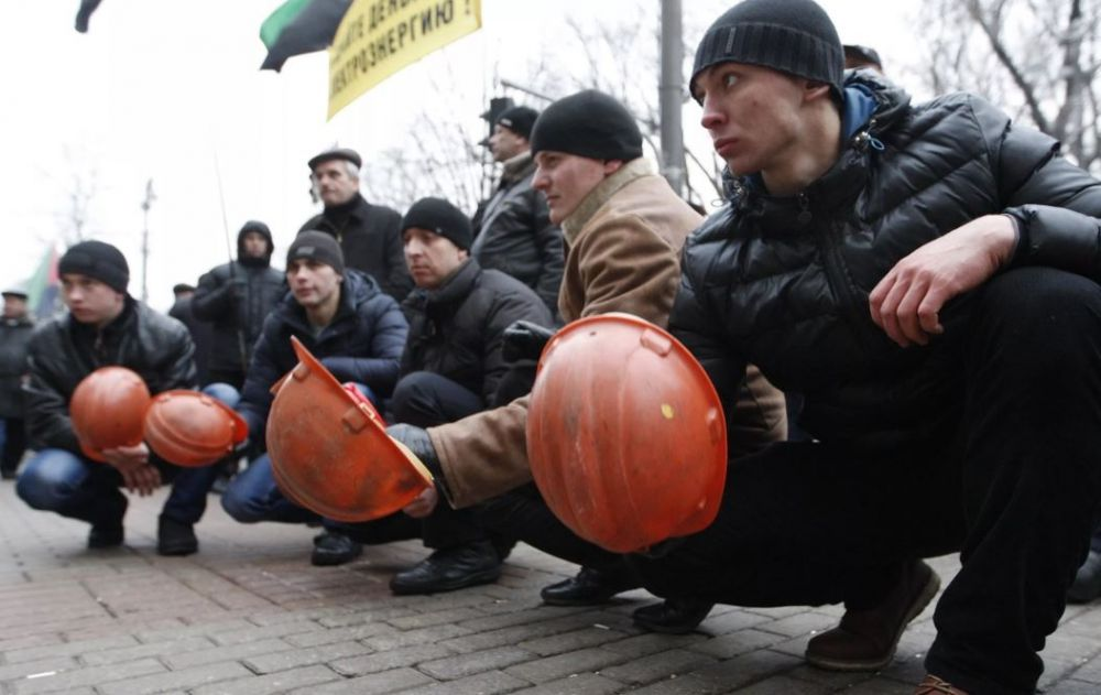 Забастовали рабочие-строители Нижнелениского железнодорожного моста
