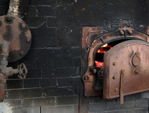 Прокуратура потребовала устранить нарушения требований пожарной безопасности на котельных Биробиджанского района