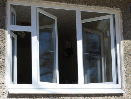 Девочка выпала из окна четвертого этажа в Биробиджане