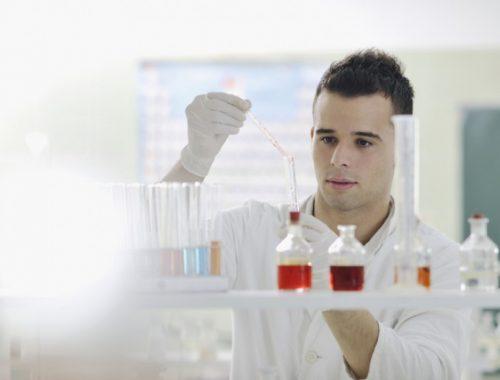 В РАН предложили запретить молодым ученым уезжать за границу