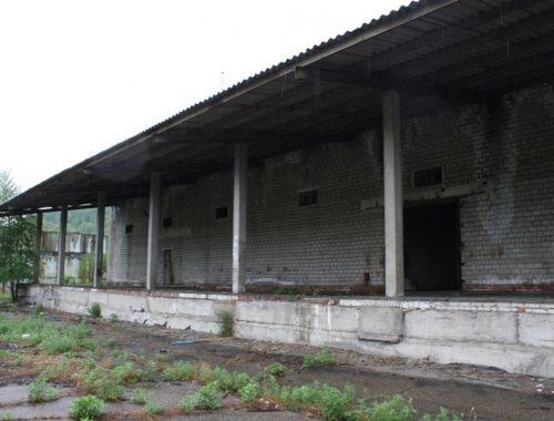 «На тебе, Боже, что нам негоже»: мэр Биробиджана предложит израильтянам разваленные склады под инвестплощадки