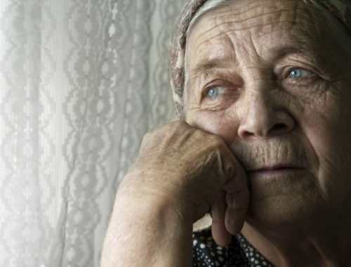«Тыща со слезами на глазах»: в ЕАО «дети войны» получили к Дню Победы по 1000 рублей