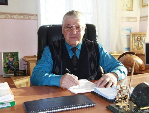 Самовыдвиженец Владимир Ефимов снял кандидатуру на довыборах в Гордуму