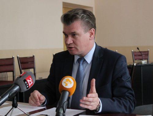 Свершилось: мэр Биробиджана Евгений Коростелёв написал заявление и ушёл в отставку