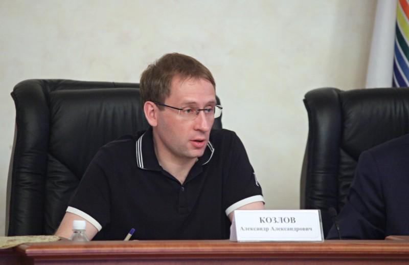 Новый глава Минвостокразвития проинспектировал строительство Нижнеленинского моста и провёл совещание в правительстве ЕАО