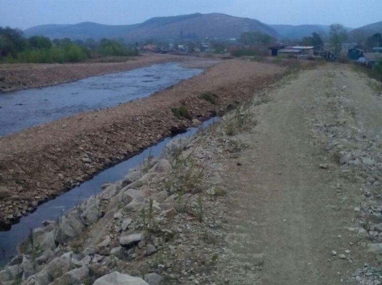 В Облучье стали пересыхать колодцы из-за углубления реки Хинган