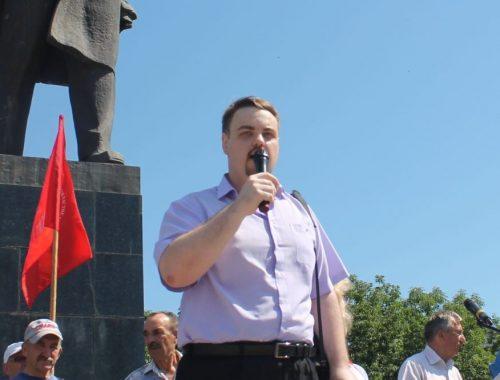 Крупный успех Коммунистической партии в ЕАО: Владимир Сахаровский становится депутатом городской Думы Биробиджана