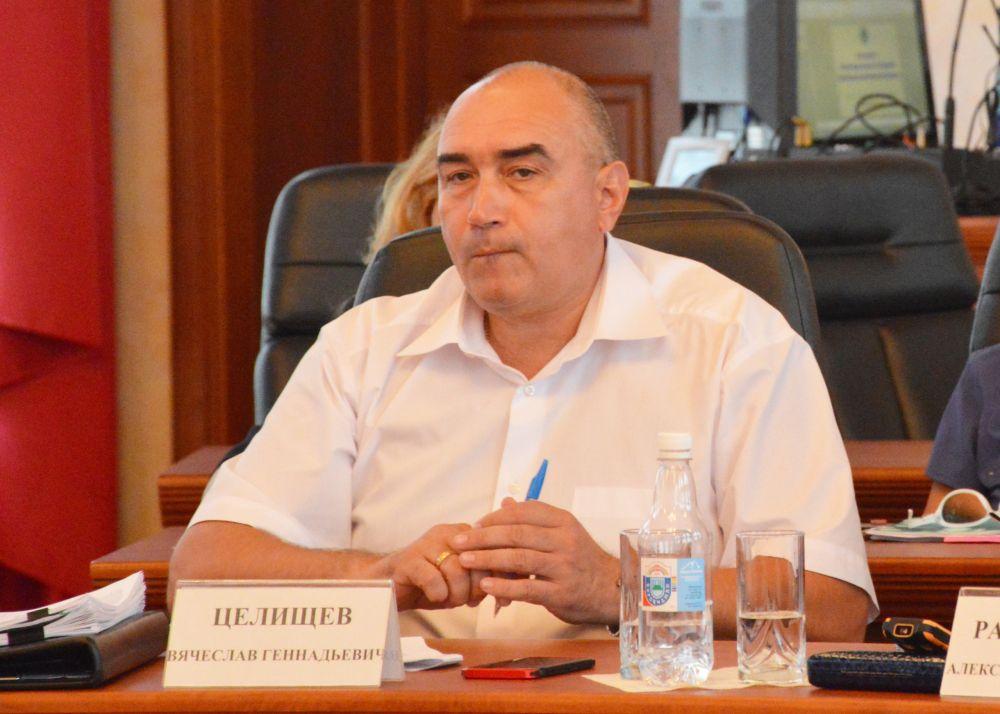«Ты чё, голубой?»: депутат Целищев оскандалился на пленарном заседании Заксобрания ЕАО