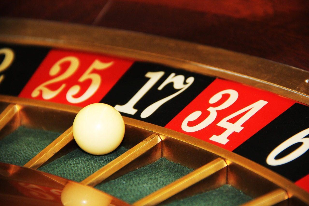 В Приморье поймали участника преступной группировки, организовавшей подпольное казино в Биробиджане