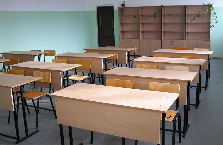 Мэрия планируют ликвидировать вторую смену в школах Биробиджана